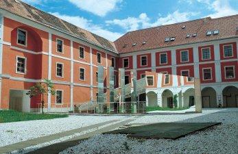 JUFA Judenburg Hotel zum Sternenturm Aussenansicht