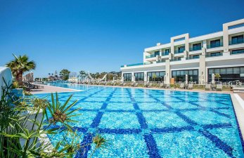 Korumar Ephesus Beach & Spa Resort Pool