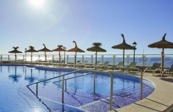 Universal Hotel Marqués Pool