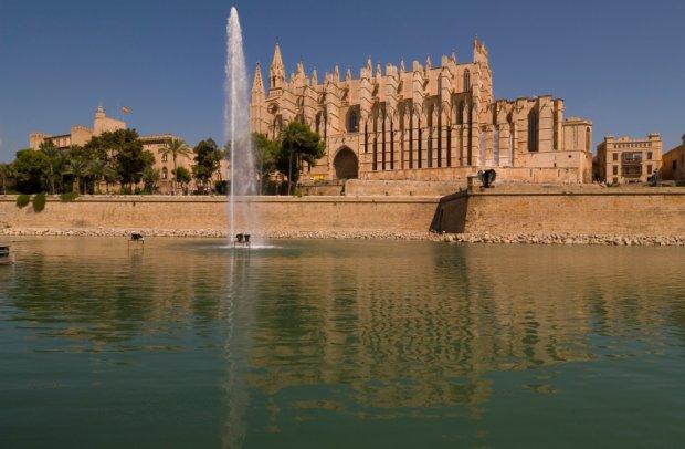 Balearen Kathedrale auf Ibiza