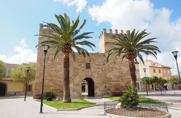 Balearen Stadttor von Alcudia