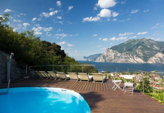 Forte Charme Hotel In Torbole Sul Garda Gardasee