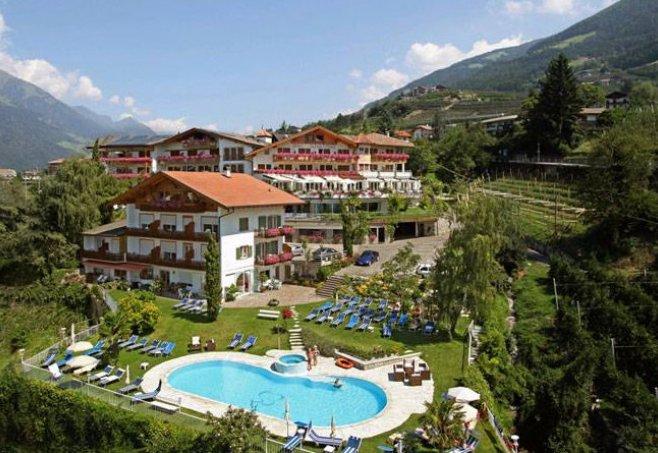 Hotel Schwefelbad Schenna Italien