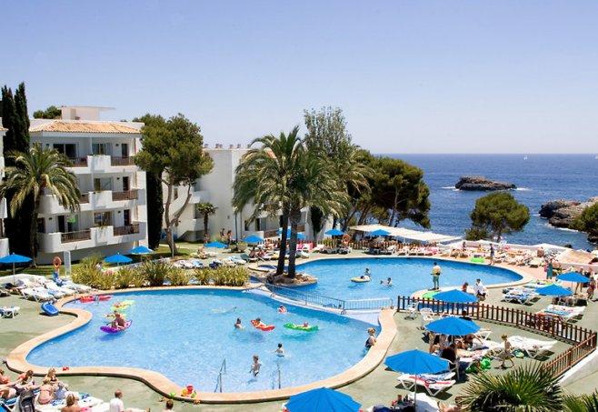 Inturotel Cala Azul Park In Cala Dor Mallorca Familienhotel