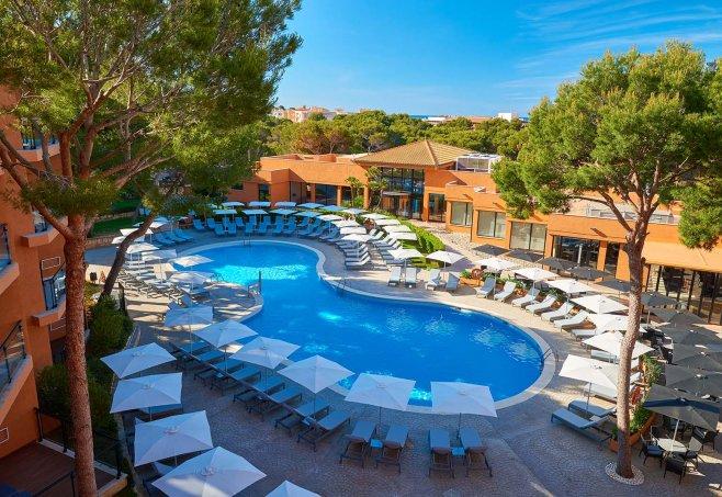 Protur Turo Pins Aparthotel und Spa in Cala Ratjada | Club ...