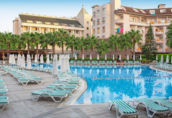 Lilyum Hotel Resort & Spa in Evrenseki, Türkische Riviera