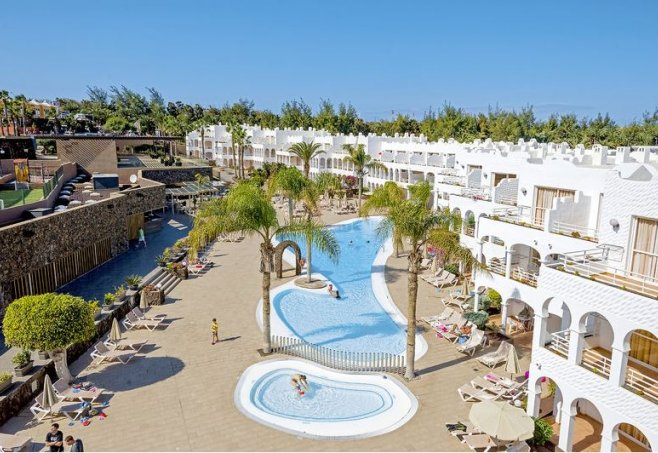 Sotavento Beach Club in Costa Calma, Fuerteventura