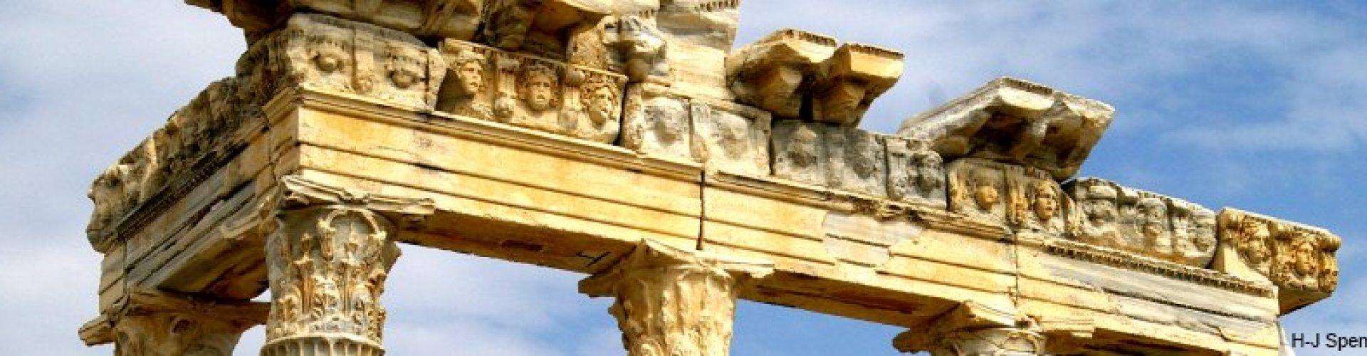 Die Ruine des Apollon-Tempels