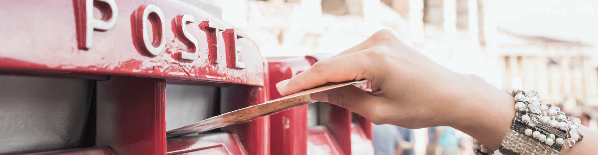 Postkarten schreiben vs. elektronische Urlaubsgrüße