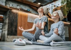 Wellness mit Kindern Yoga