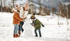 Winter Familie Schnee