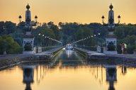 Locaboat Loire und Nivernais Boot von weitem