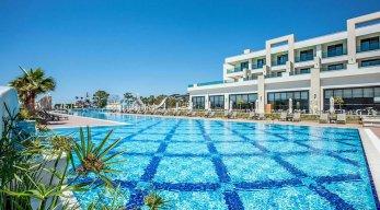 Korumar Ephesus Beach & Spa Resort Pool