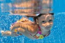 Schwimmen lernen im Urlaub