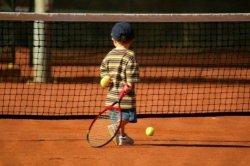 Tennismatch im Familienhotel