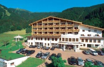 Alpine Resort Aussenansicht