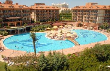 Hotel Adalya Artside Außenansicht