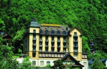 Hotel_Edelweiss_Aussenansicht_Sommer