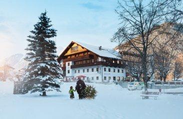 Familien-Landhotel Stern Winteransicht