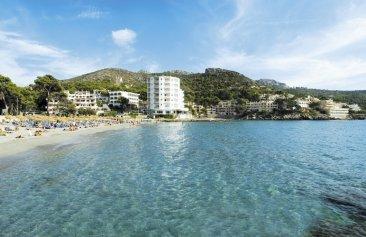 Universal Hotel Aquamarin Lage