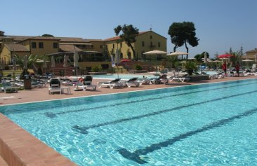 Resort Poggio all'Agnello Pool