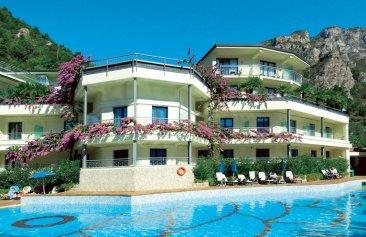 Hotel Royal Village Aussenansicht