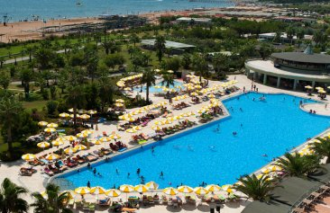 VON Club Golden Beach