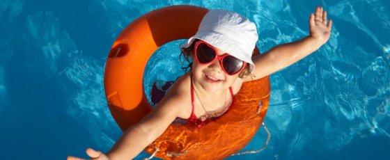 Schwimmschulen in Familienhotels